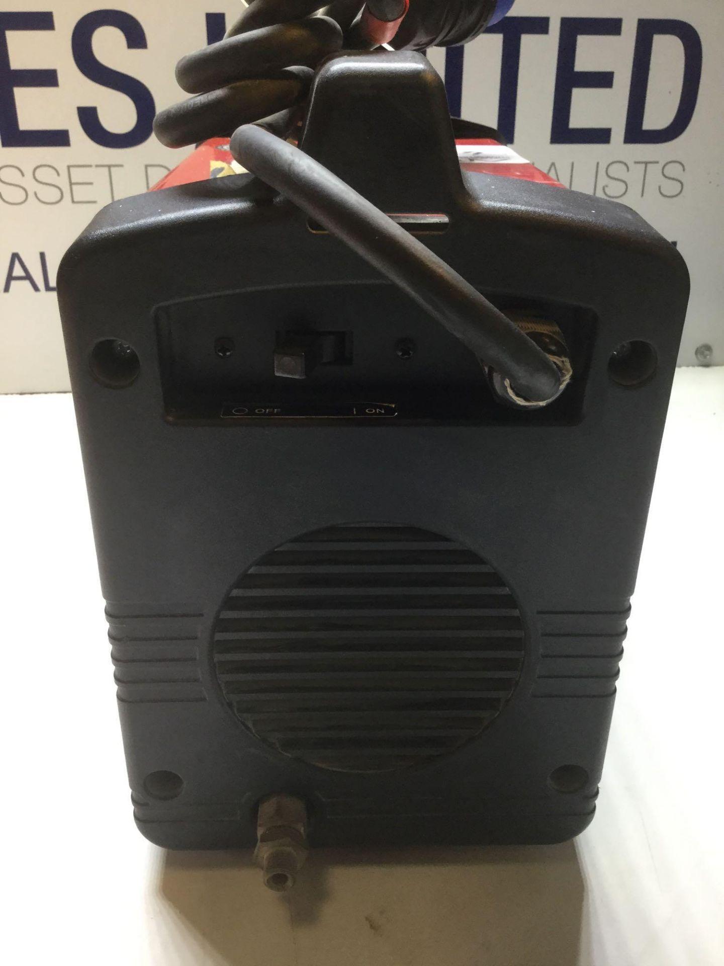 Lot 4 - Lincoln Electric Invertec V160 T Tig / Stick Pulse Welder 240V