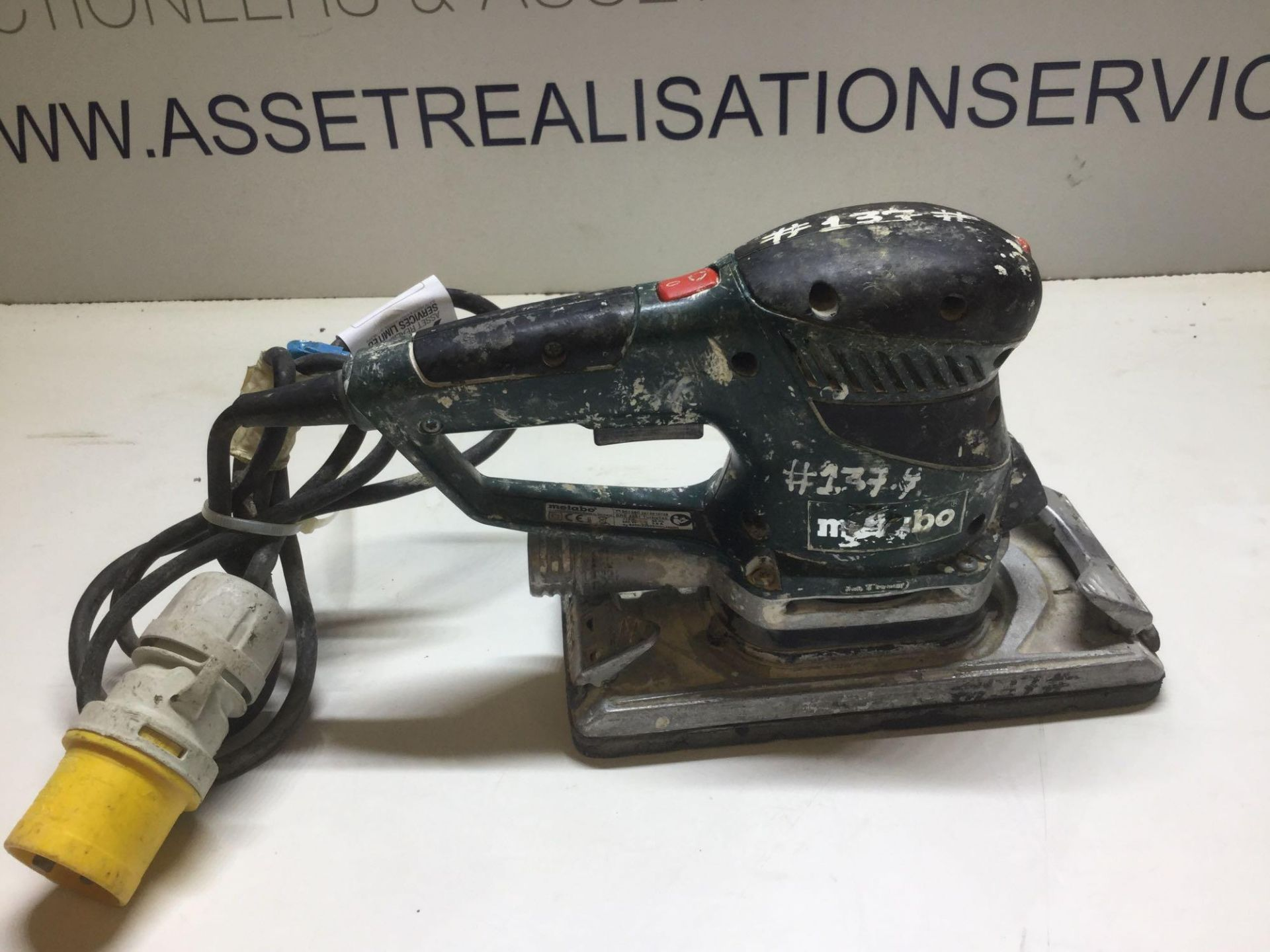 Lot 28 - Metabo SRE4351 Turbo Tec Sander