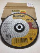 """Dewalt 9"""" Metal Cutting Discs x10 per Box"""