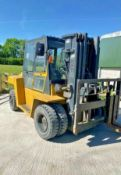 Caterpillar 7 Tonne Fork Lift