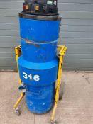 Dust exctaction unit