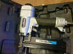 Ace&K Air compressor staple gun - TYI-9040L - In box