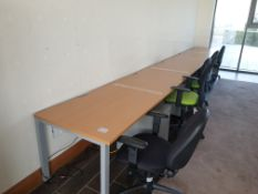 5 Person Workstation / Desks with covid screens