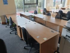 6 Person Workstation / Desks with covid screens
