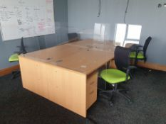 4 Person Workstation / Desks with covid screens