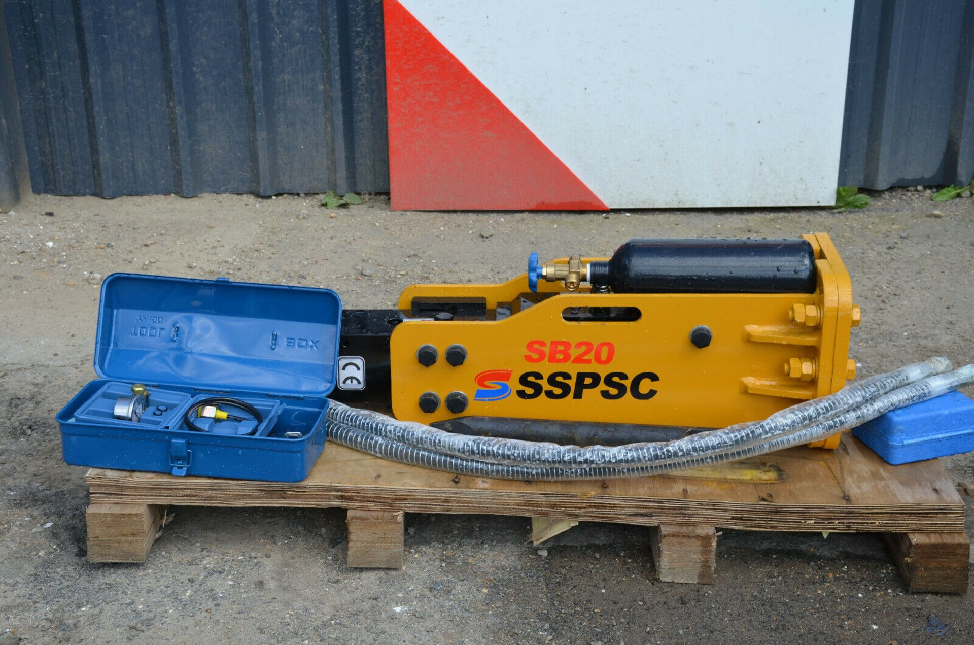 SSPSC SB20 Hydraulic Breaker - Image 4 of 6