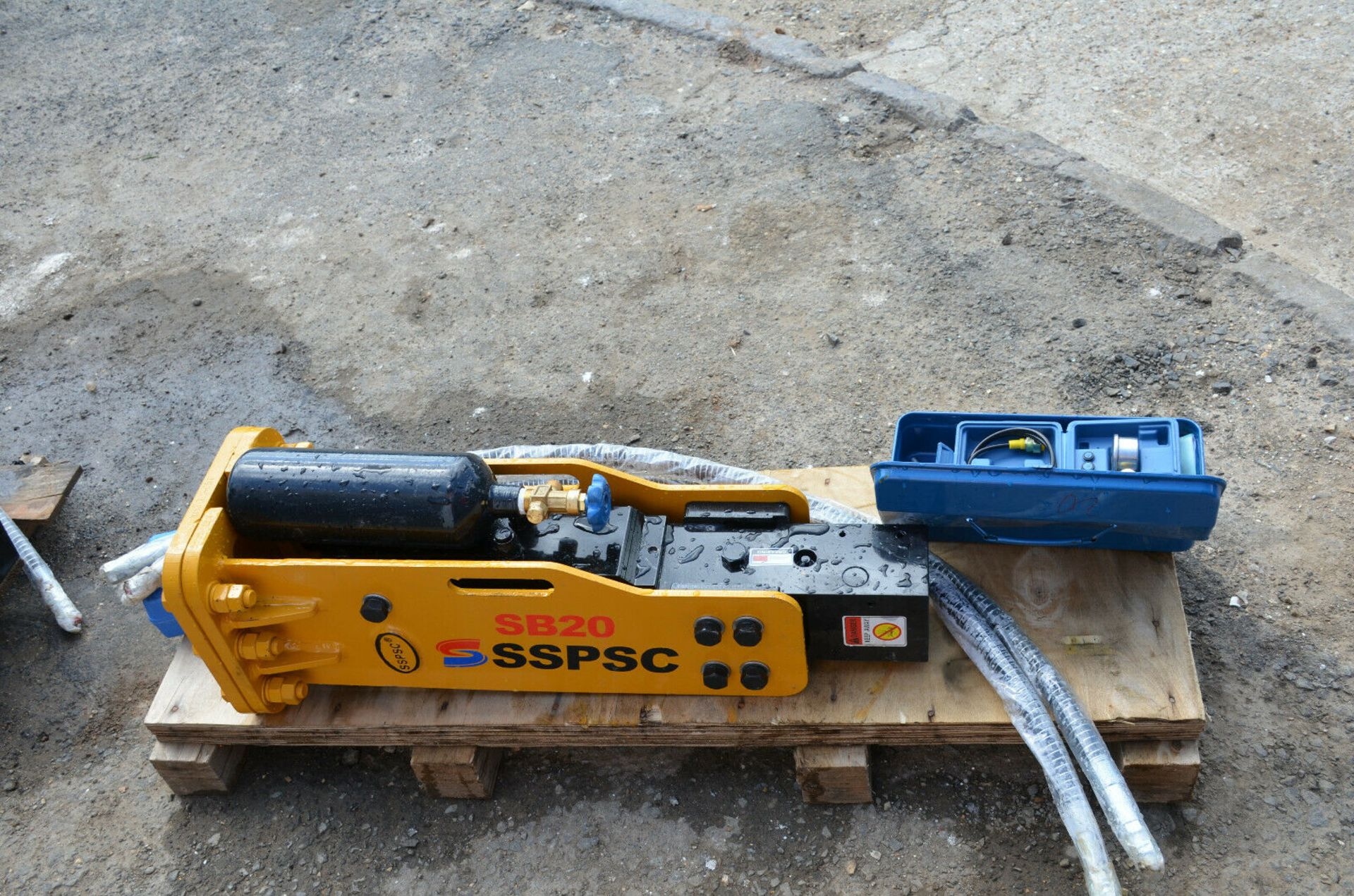 SSPSC SB20 Hydraulic Breaker - Image 5 of 6