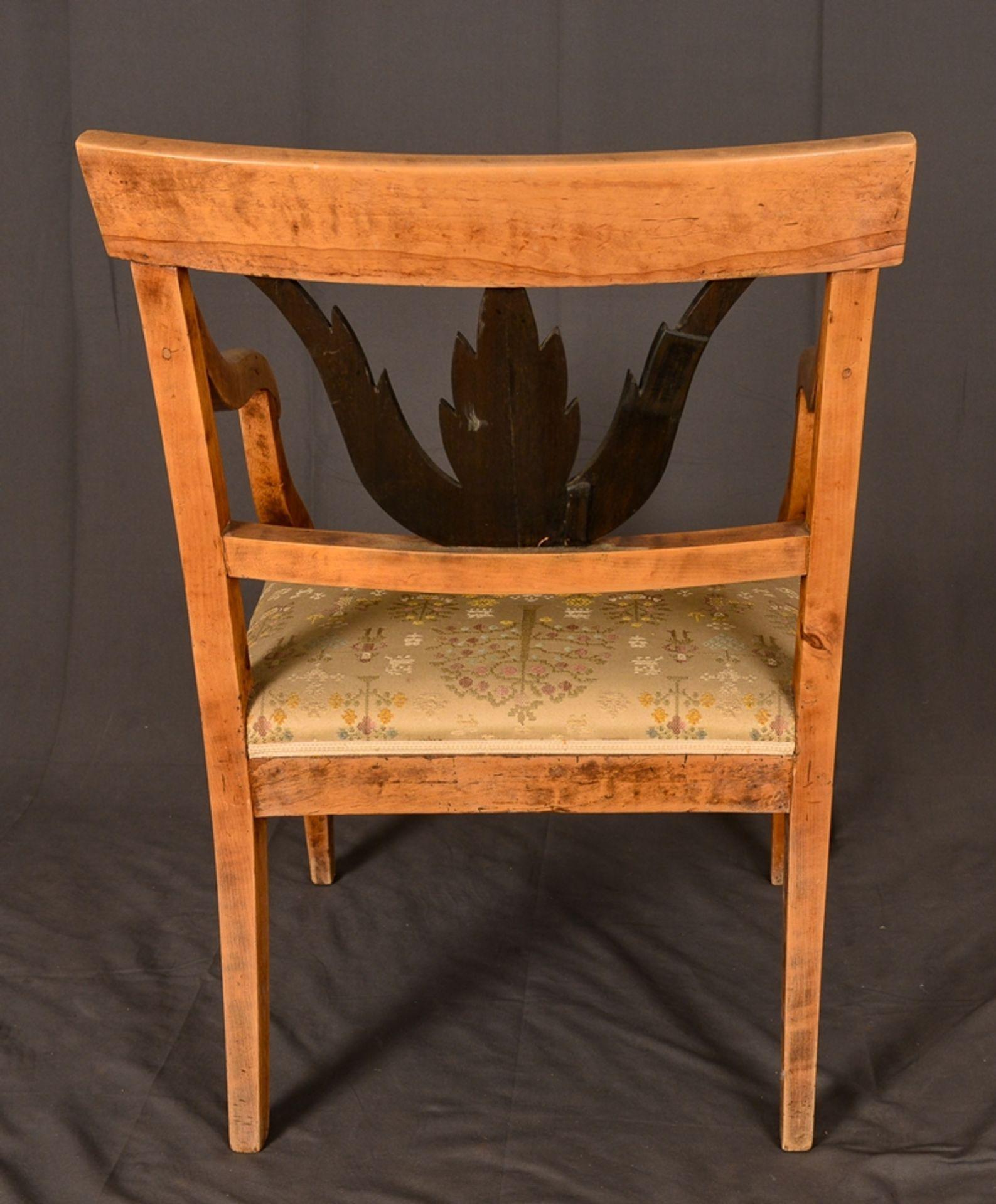 Antiker Armlehnstuhl, skandinavisches Biedermeier um 1830, Birke, Rückenlehne mit ebonisierter - Bild 6 aus 8