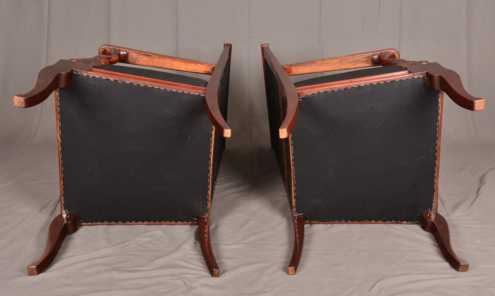 Paar Armlehnstühle. Empire-Stil, Mahagoni, aufwändig mit Messingapplikationen verziert. Vor - Bild 9 aus 9