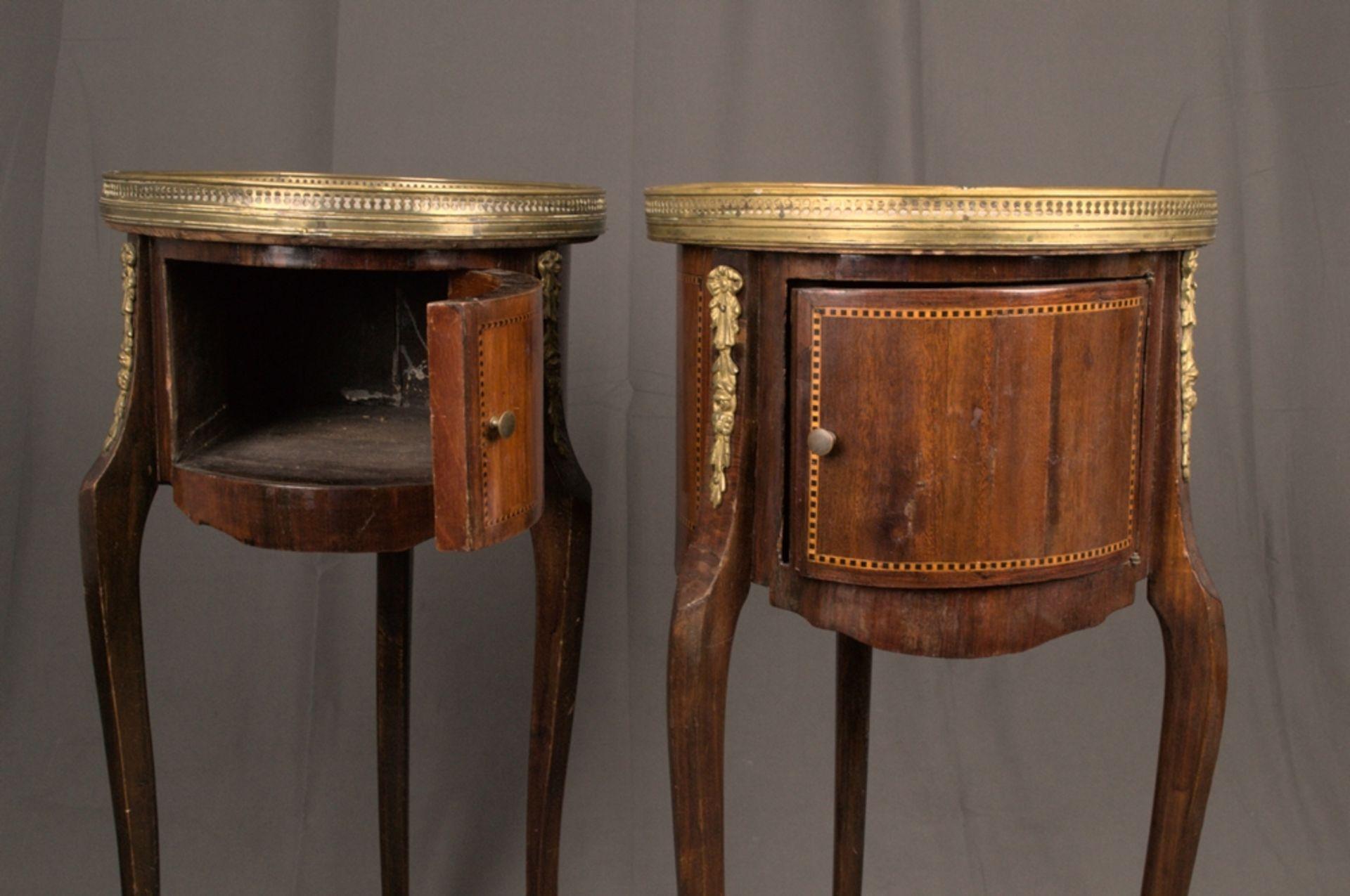 Paar eleganter, dreibeiniger Beistelltische sog. Gueridons, Frankreich 19./20. Jhd. Eintüriger - Bild 9 aus 19