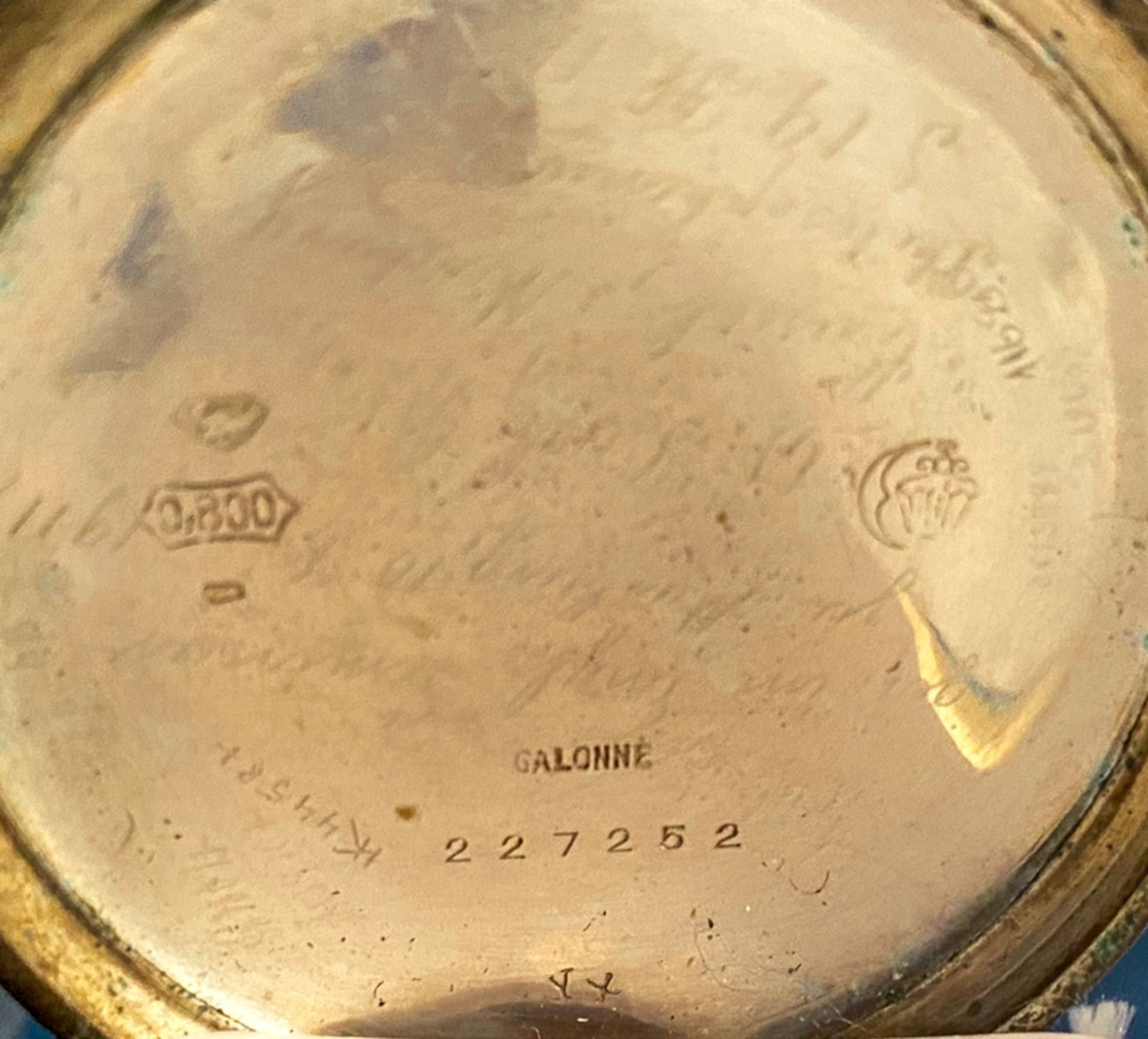 Silberne Taschenuhr an Uhrenkette (Länge ca. 27 cm), beides 800er Silber, ungeprüft (Durchmesser der - Bild 4 aus 7
