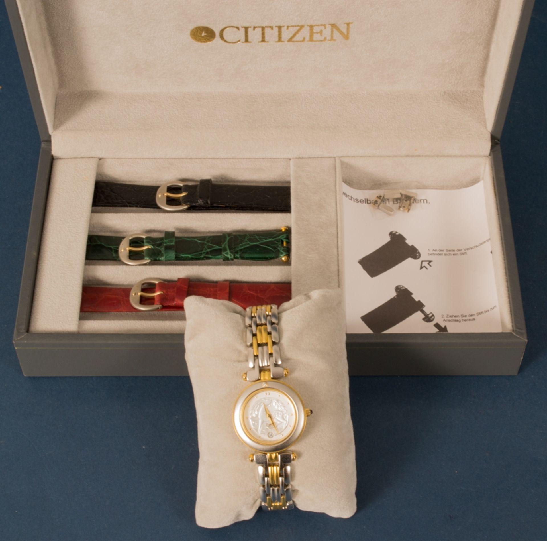 CITIZEN - CLARITI - BICOLOR (Stahl/Gold) Damenarmbanduhr, Ziffernblatt mit figürlicher Vignette (Reh - Bild 3 aus 8