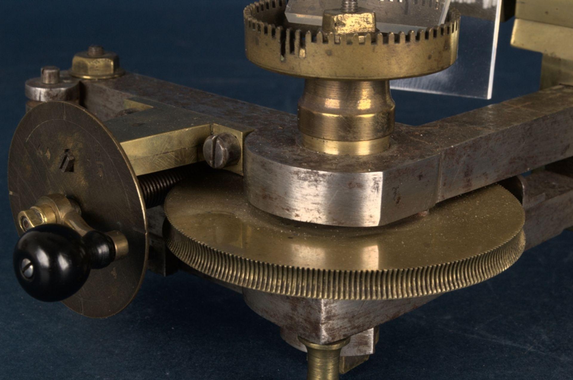 Zahnradfräsmaschine/Zahnräderschneidemaschine, frühes Uhrmacherwerkzeug, deutsch Mitte 18. Jhd., - Bild 29 aus 29