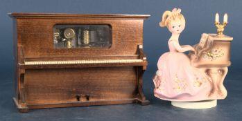 """2teiliges Konvolut versch. Spieluhren, bestehend aus """"junge Dame am Klavier"""" (Höhe ca. 15 cm,"""