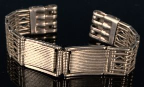 Russisches Armband für eine Herrenarmbanduhr, mehrgliedriges, teilweise durchbrochen gearbeitetes