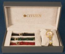 CITIZEN - CLARITI - BICOLOR (Stahl/Gold) Damenarmbanduhr, Ziffernblatt mit figürlicher Vignette (Reh