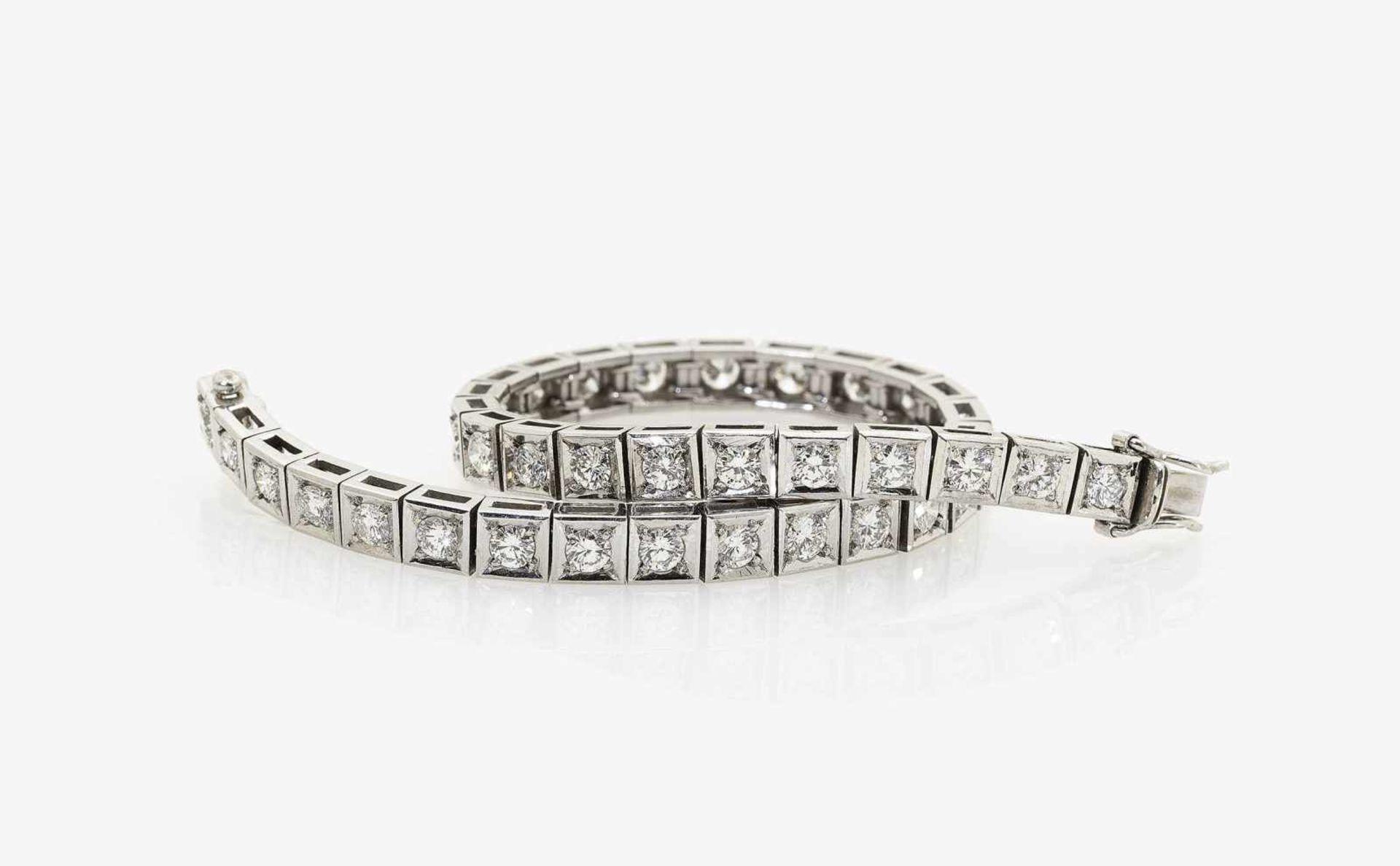 Los 1054 - A Diamond Tennis Bracelet