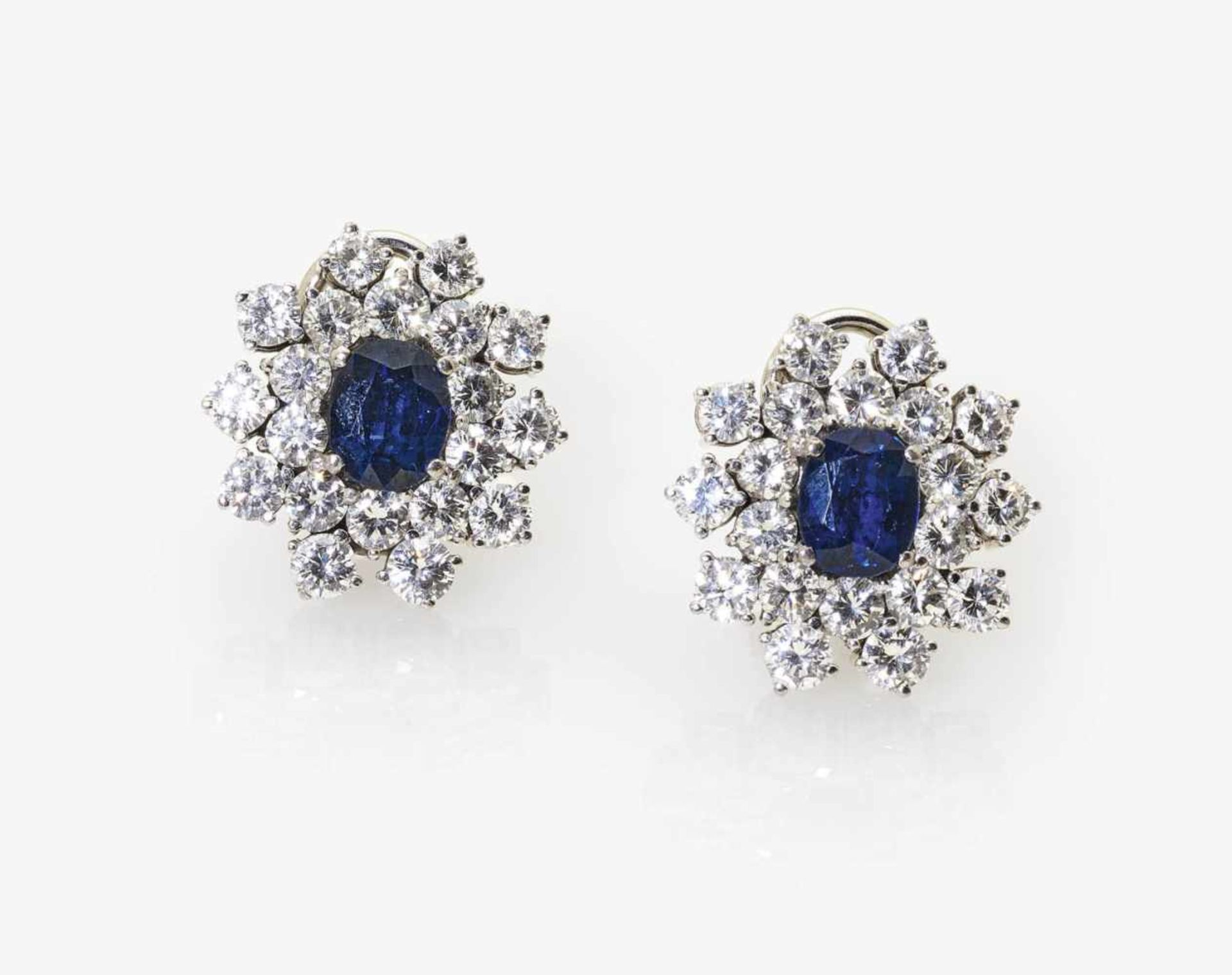 Los 1037 - A Pair of Diamond and Sapphire Ear Studs