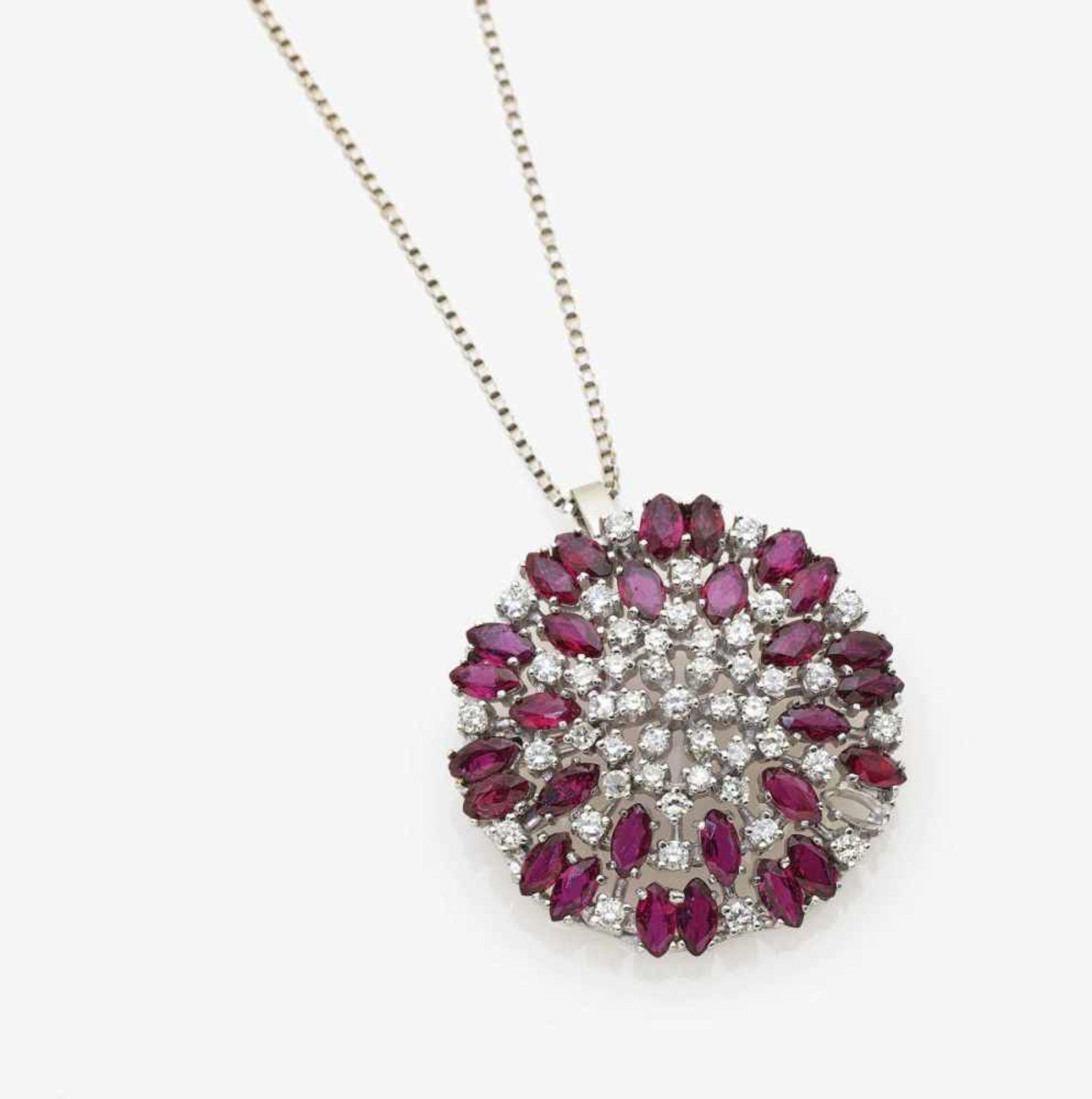 Los 1039 - A Diamond and Ruby Pendant