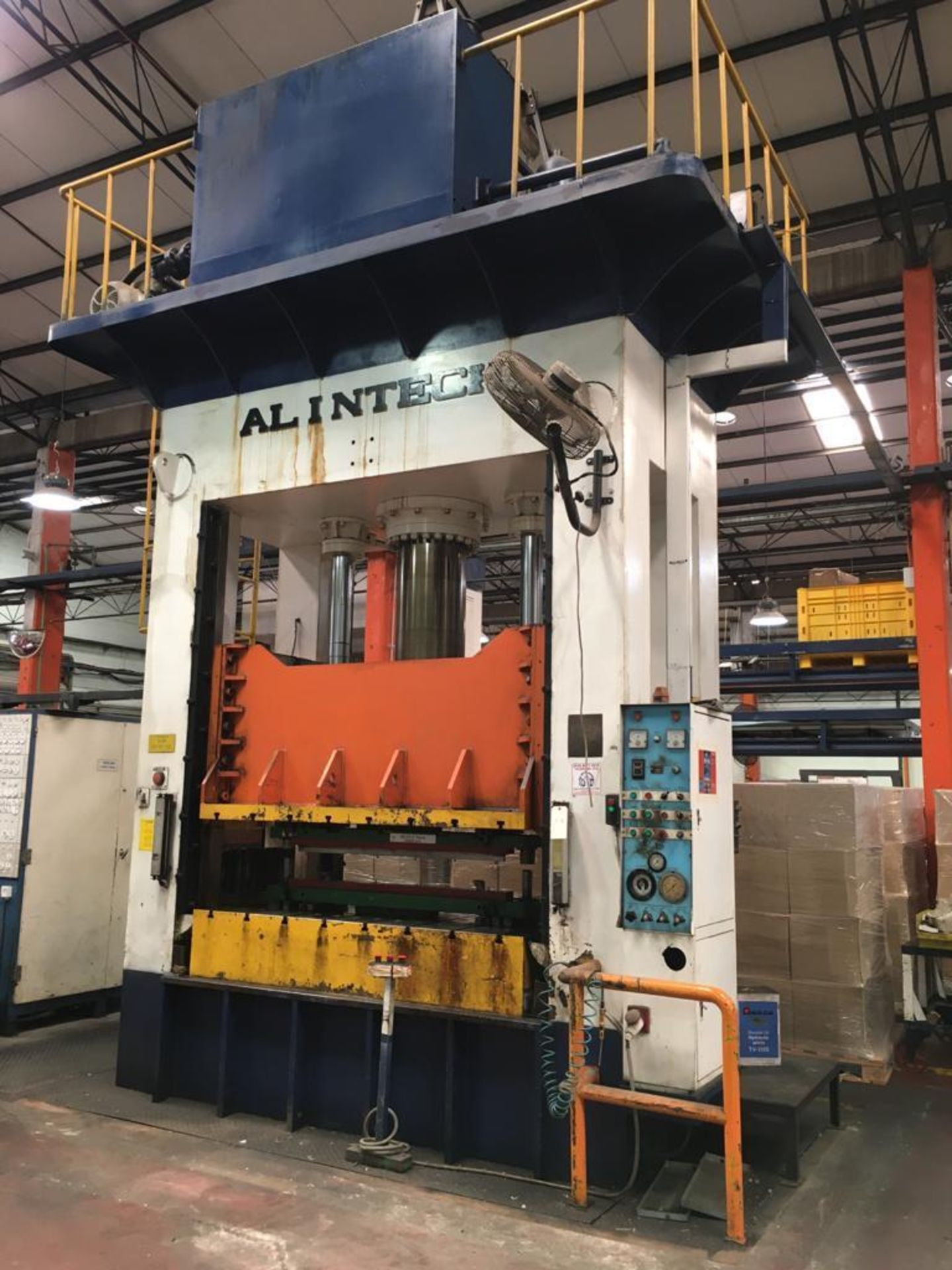 Lot 20 - ALINTECH 350 TON HYDRAULIC STAMPING PRESS; MODEL 350-H