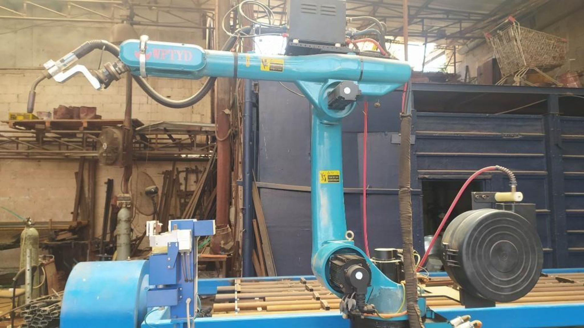 Lot 37 - WPTYD ROBOTIC WELDING STATION; MODEL BWJ200