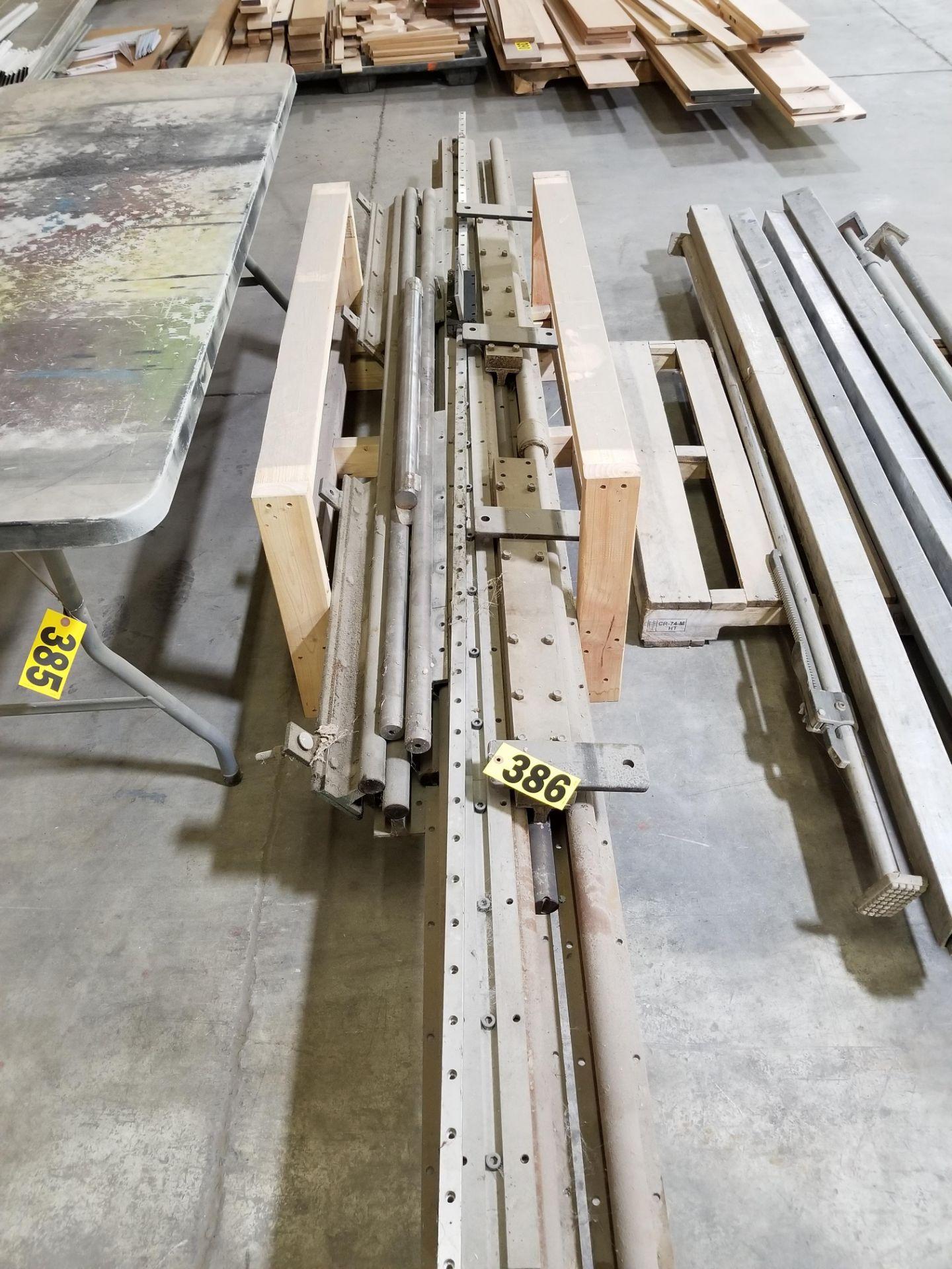 Lot 386 - Lot of Linear Rails