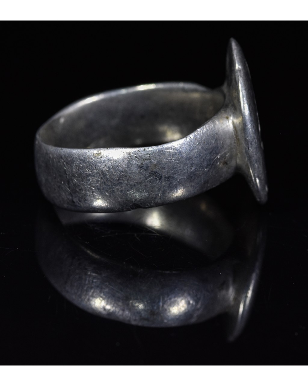 Lot 6 - CRUSADERS PERIOD SILVER RING WITH STAR OF BETHLEHEM