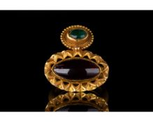 STUNNING BYZANTINE GOLD RING WITH GARNET AND EMERALD