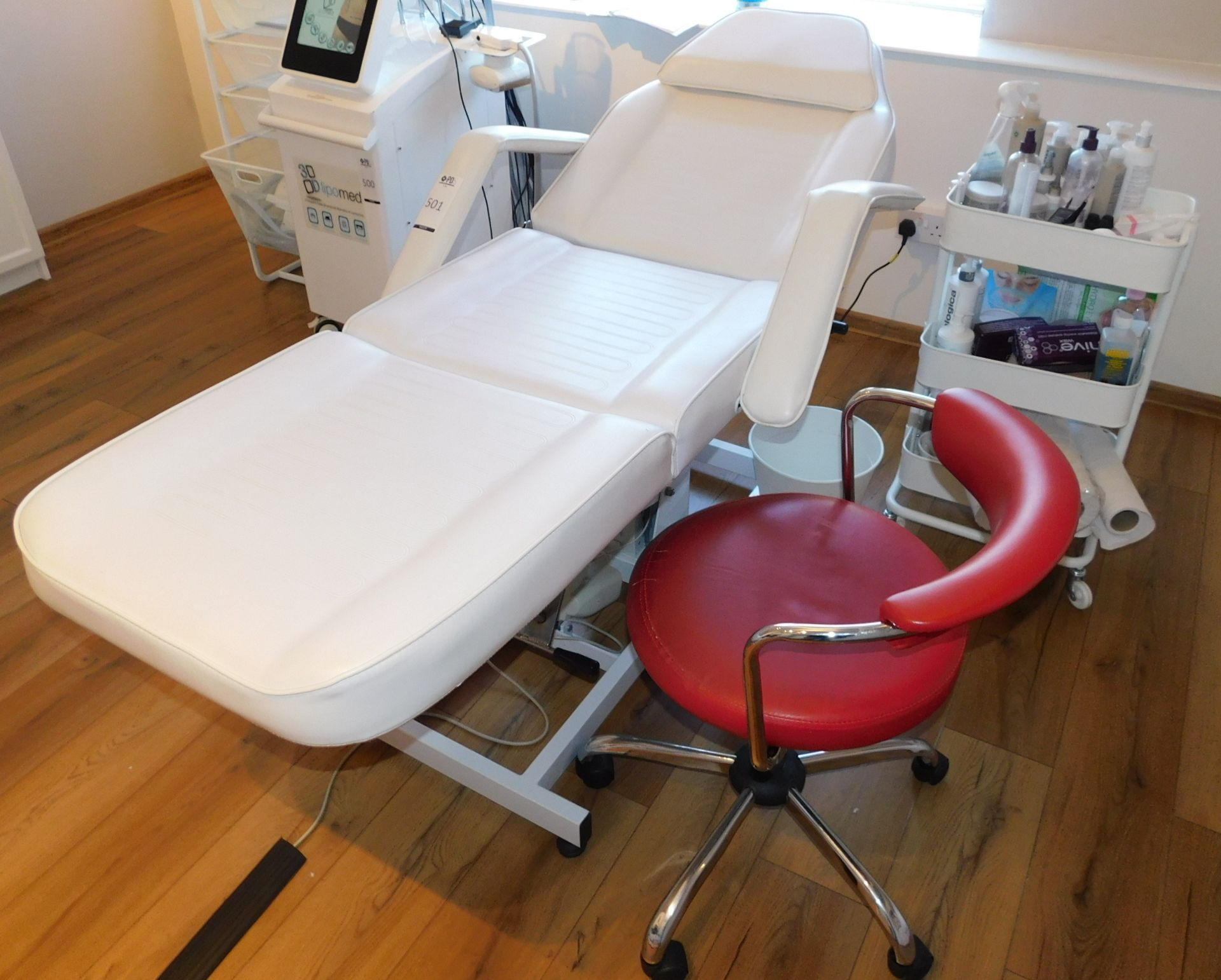 White Leather Treatment Bed & Trolley of Assorted Consumables (Located Corby – See General Notes for - Image 3 of 4