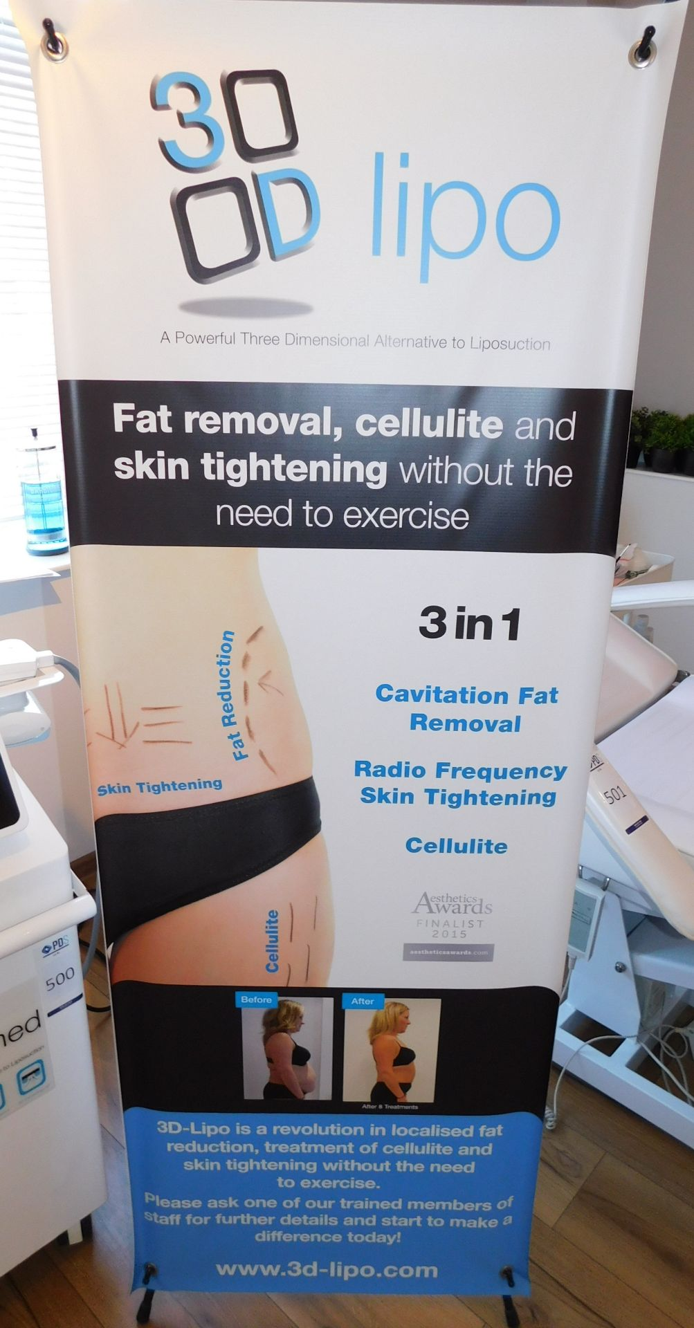 3D Lipo Med + Non-Surgical Treatment Device (2015) & Trolley of Assorted Accessories & - Image 12 of 12