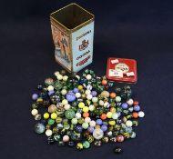 A Dutch vintage tin chocolate box 'Droste's bon-bons chocolade pastilles' containing a large