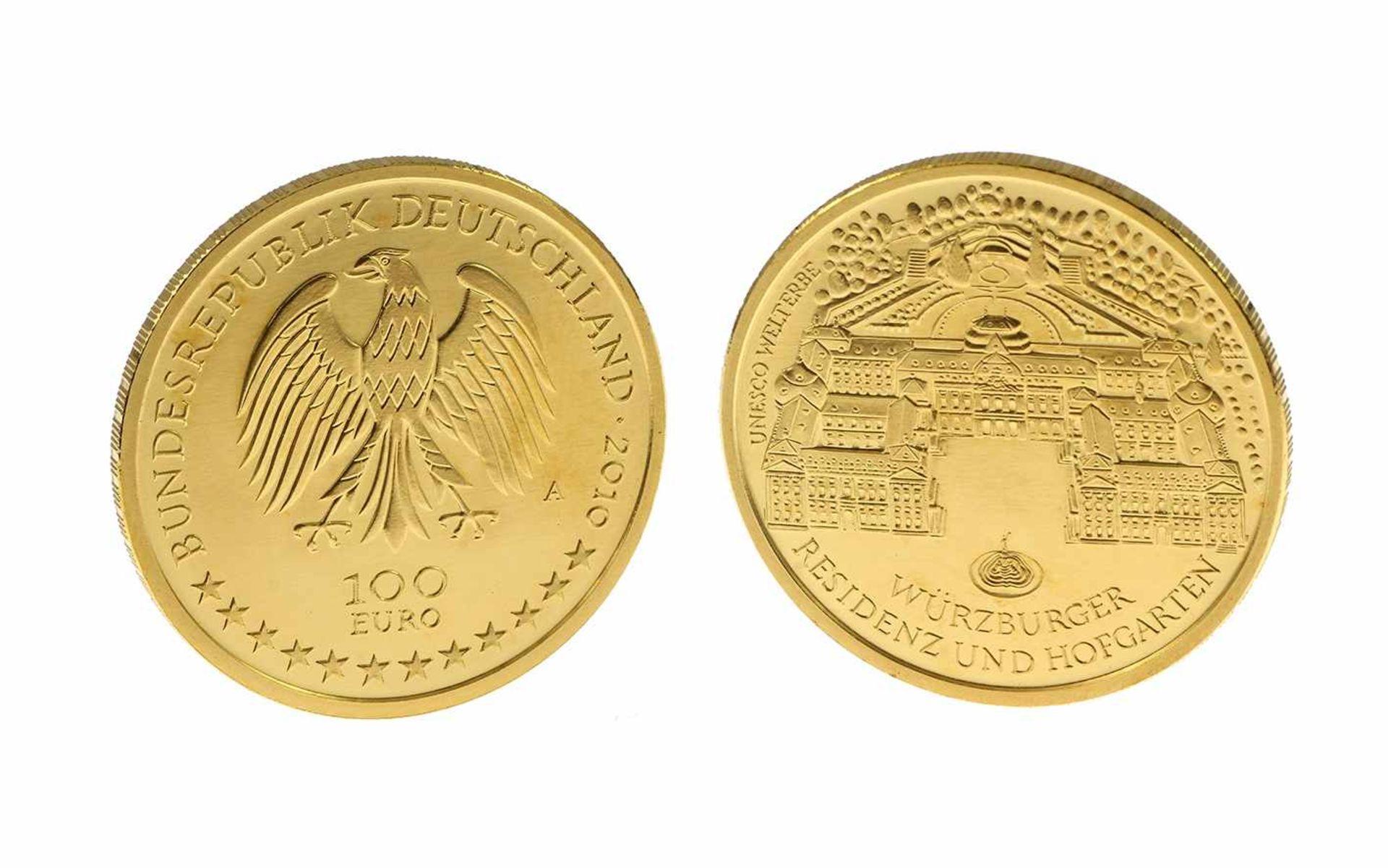 Los 50 - Münze 100 Euro 999,9/- Gelbeold 1/2 Unze 15,55 g Würzburger Residenz und Hofgarten Prägejahr 2010
