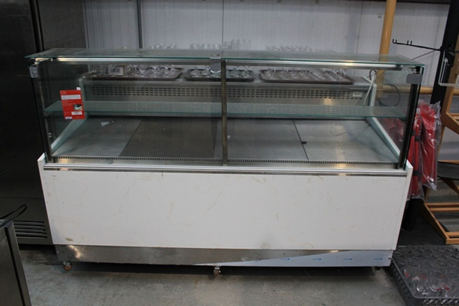 Commercial Catering Auction - Over 300 Quality Used Commercial Catering Items Offered for Auction