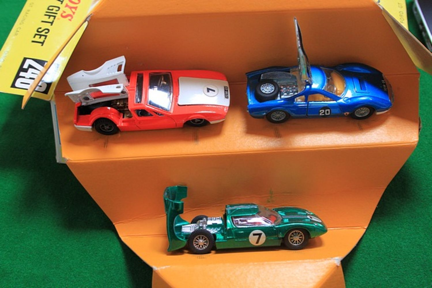 Vintage Toy Auction A Curated Collection From A Single User Over The Past 50 Years – Comprises Diecast, Corgi, Dinky, Soft Toys, Vintage Toys An