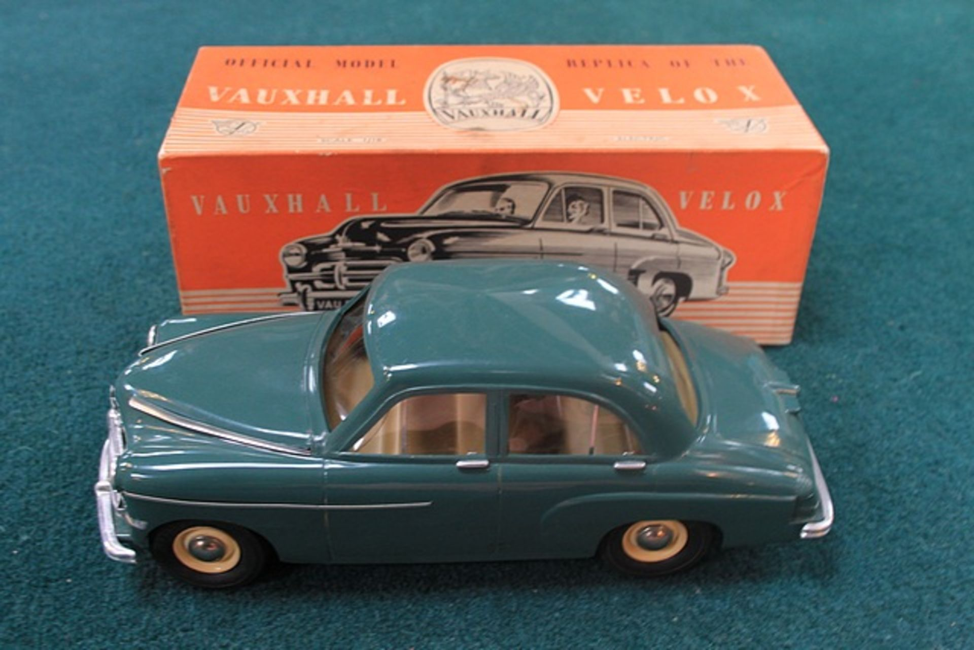 Lot 377 - Victory Industries Vauxhall Velox Official Model Replica Of The Vauxhall Velox Battery Operated
