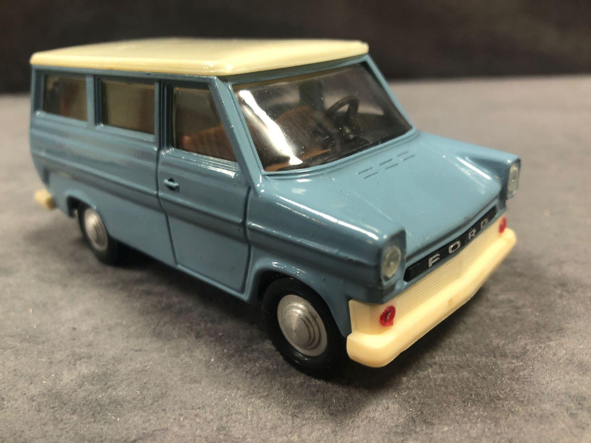 R.W.-Modell (Germany) #400 Ford Transit Kombi In Box - Image 2 of 3