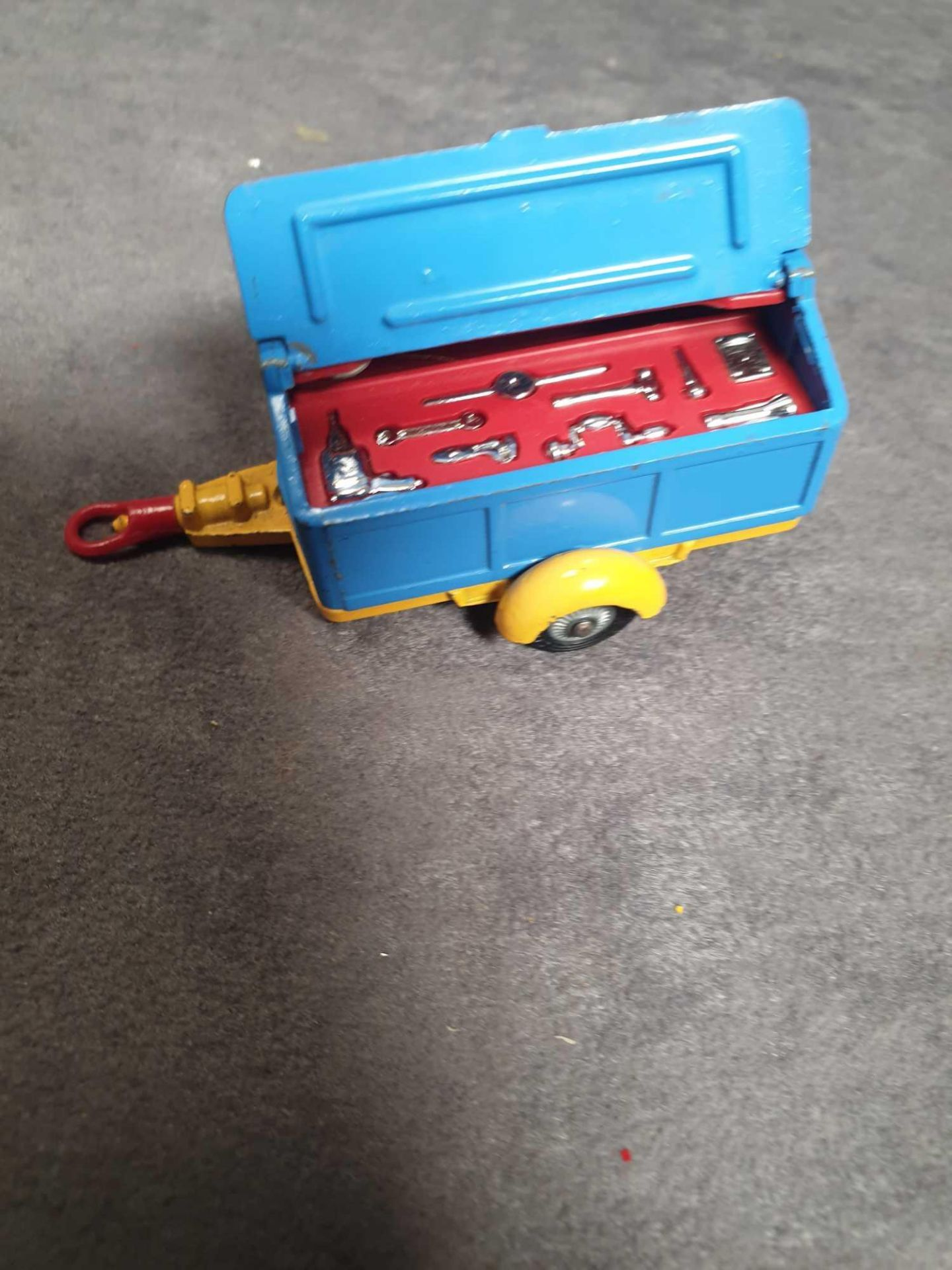 Very Good Corgi Diecast Unboxed #109 Pennyburn Trailer Blue/Yellow - Image 2 of 4