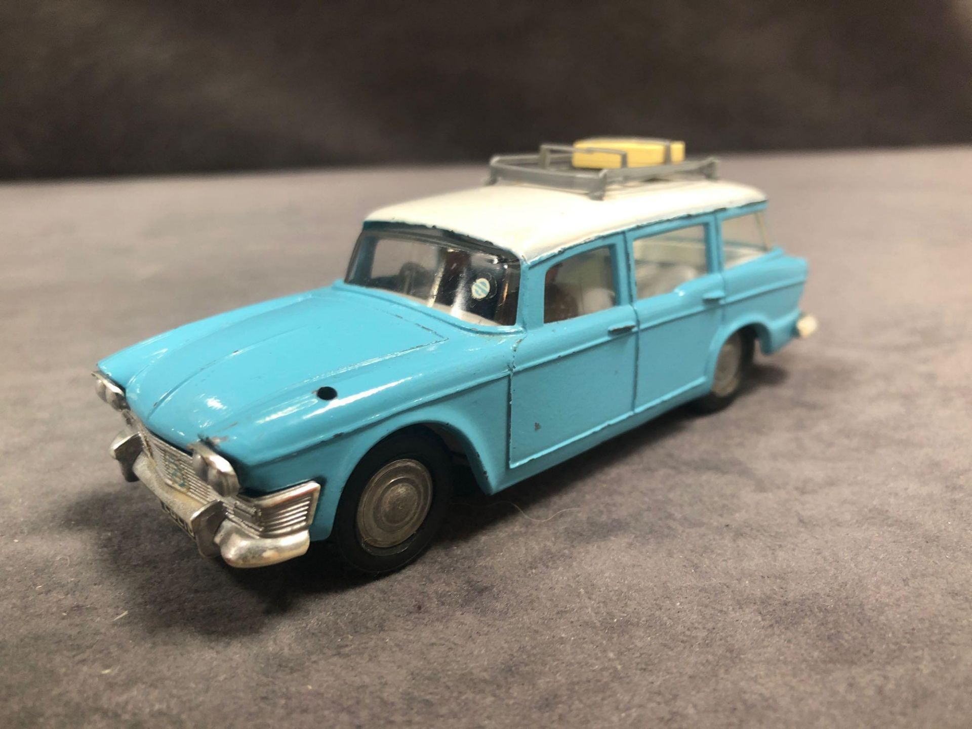 Quite Rare Good Spot On By Triang Humber Super Snipe Estate 1/42 Scale In Blue With A White Roof And - Image 2 of 3