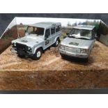 Vanguard Set Diecast #LR1002 Land Rover Experience 2 X Diecast Models In Box Comprising #VA09702