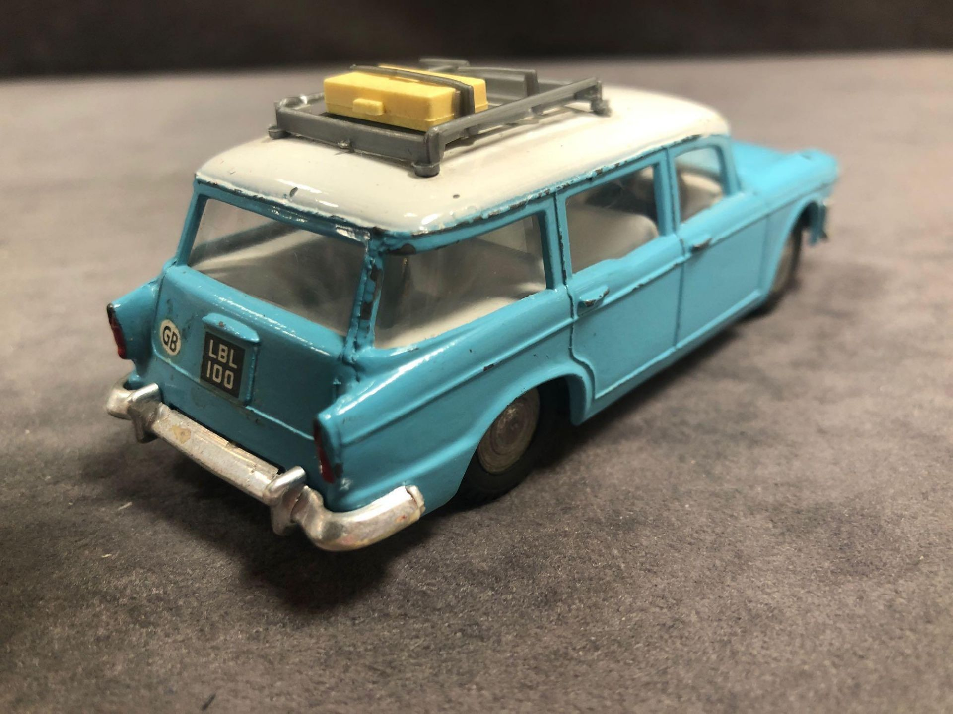 Quite Rare Good Spot On By Triang Humber Super Snipe Estate 1/42 Scale In Blue With A White Roof And - Image 3 of 3
