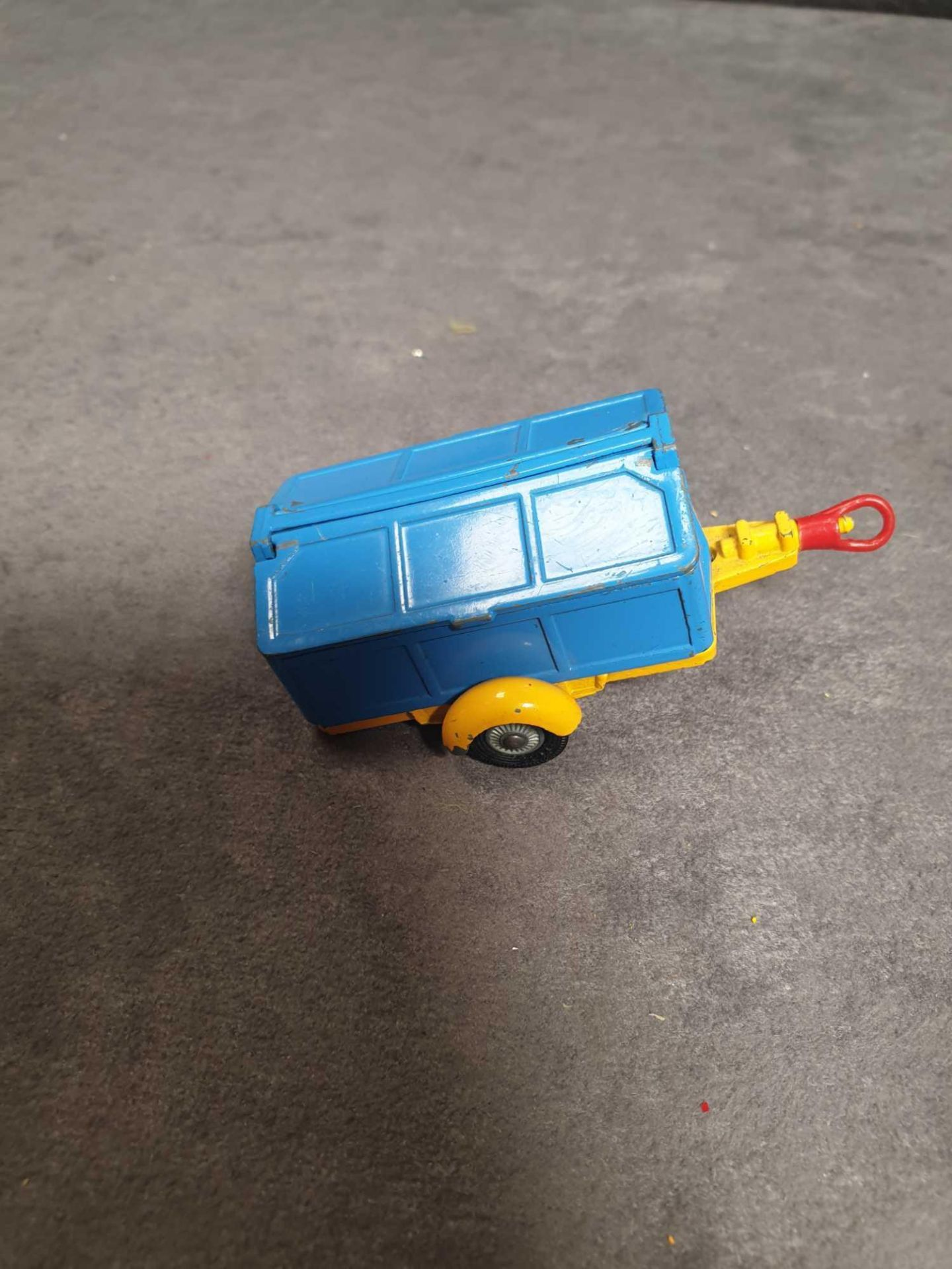 Very Good Corgi Diecast Unboxed #109 Pennyburn Trailer Blue/Yellow - Image 3 of 4