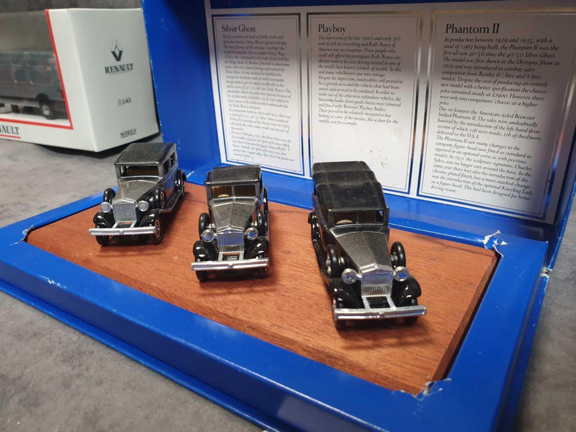 Lot 1275 - Lledo Vintage Rolls Royce Collection 3 Cars On Wooden Display Plinth Mint Model