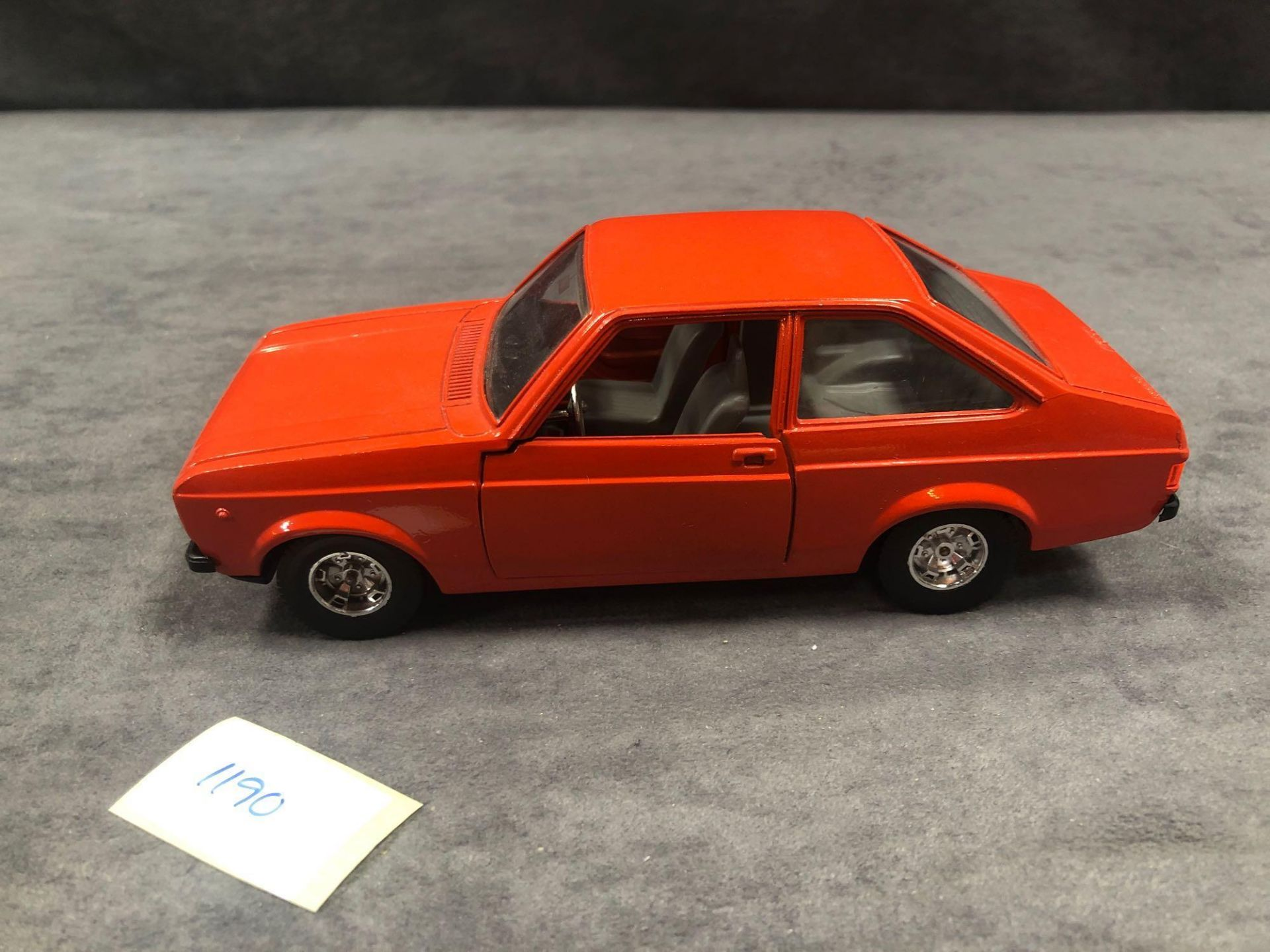 Bburago Ford Diecast Escort 1100L In Orange Red No Box