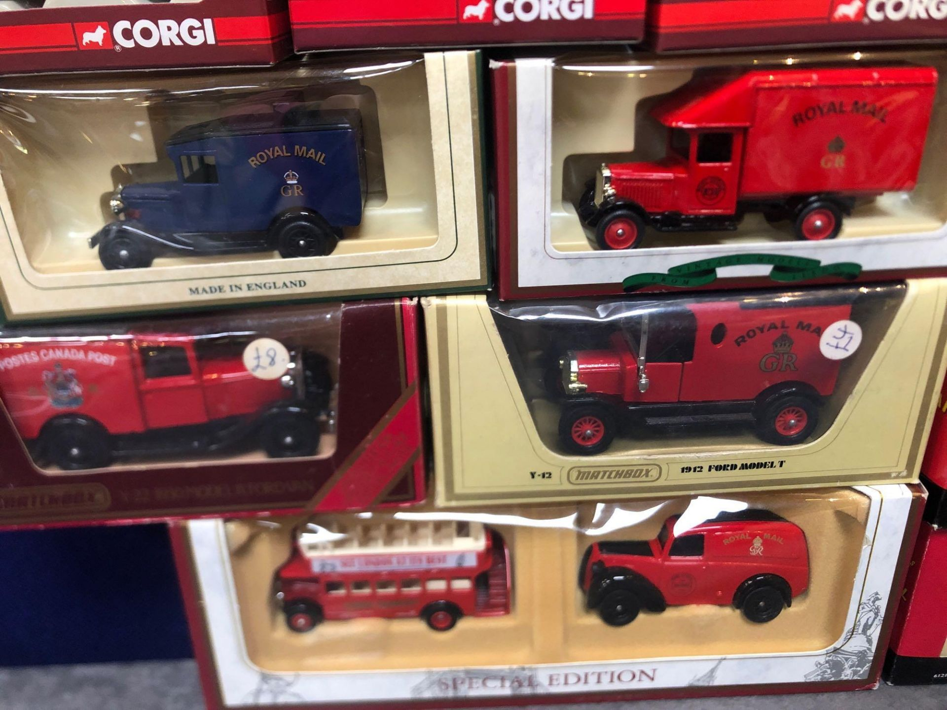 11x Diecast Individual Royal Mail Vehicles And 1x Set All In Boxes - Image 3 of 4