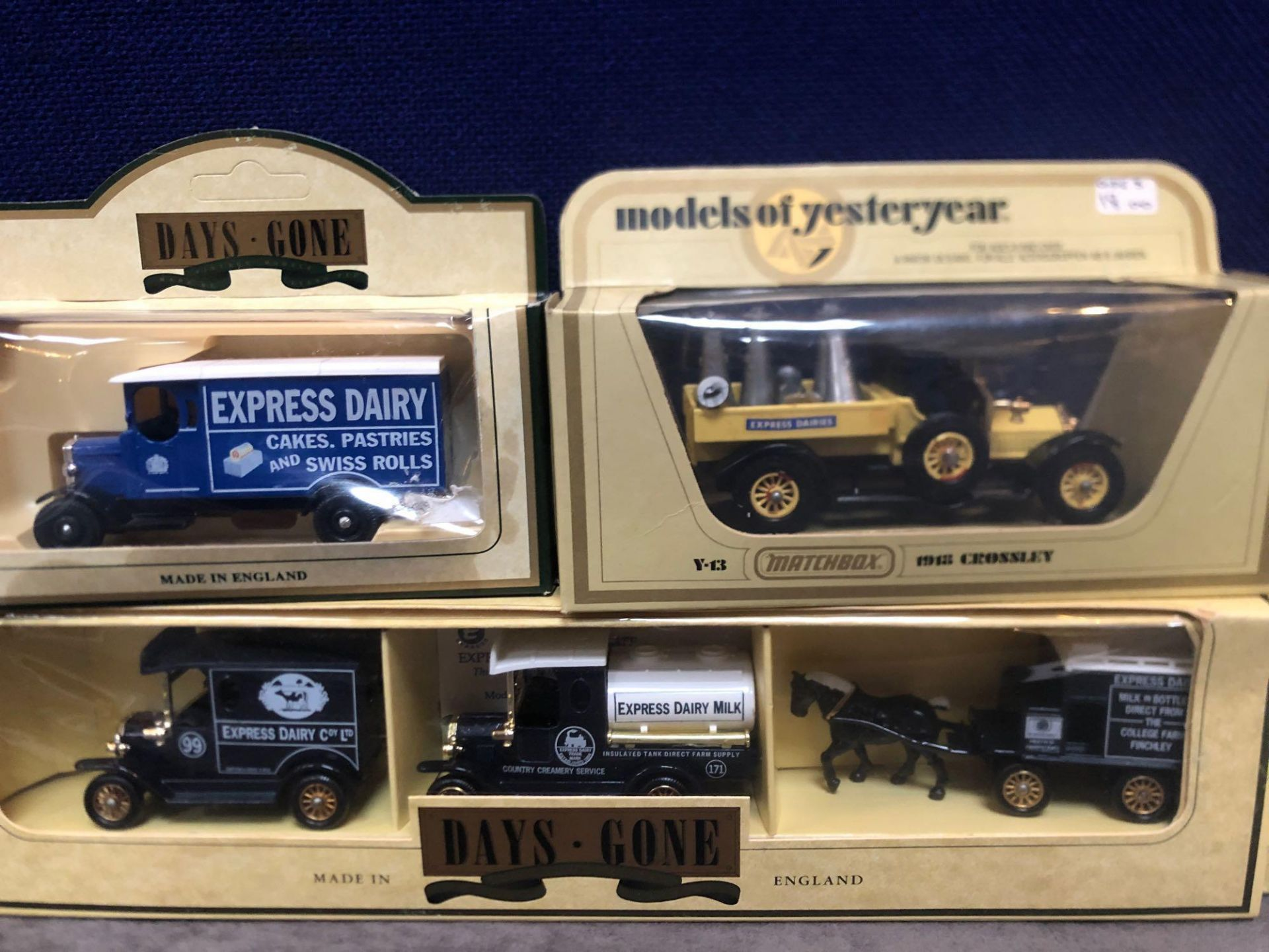 2x Lledo Diecast Express Dairy Sets And 2x Lledo Diecast Express Dairy Vehicles, Each One Boxed. - Image 3 of 3