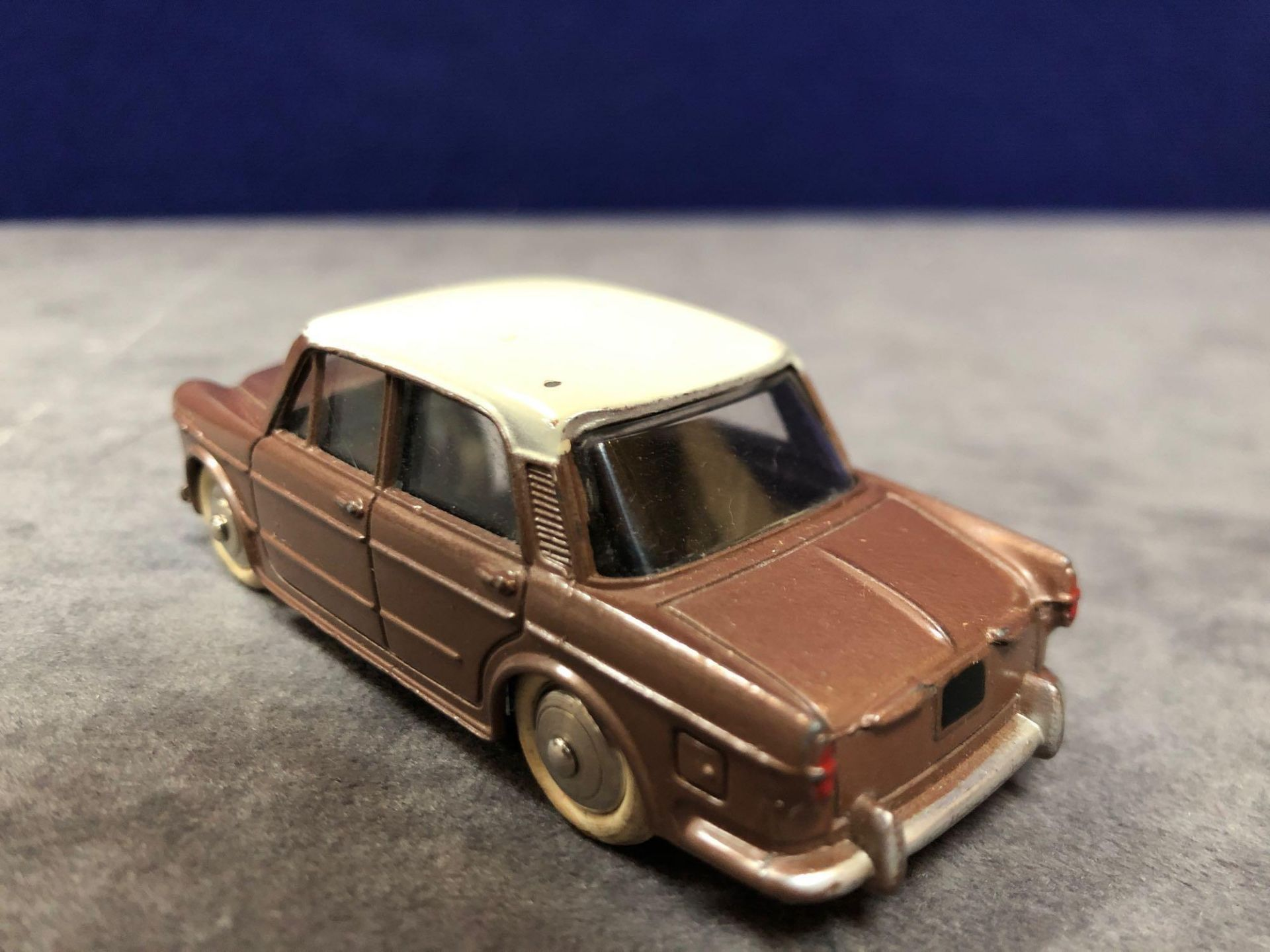 Dinky (France) Diecast #531 Fiat 1200 Grand Vue Brown/Cream - Silver Detailing. In Brown With A - Image 3 of 3