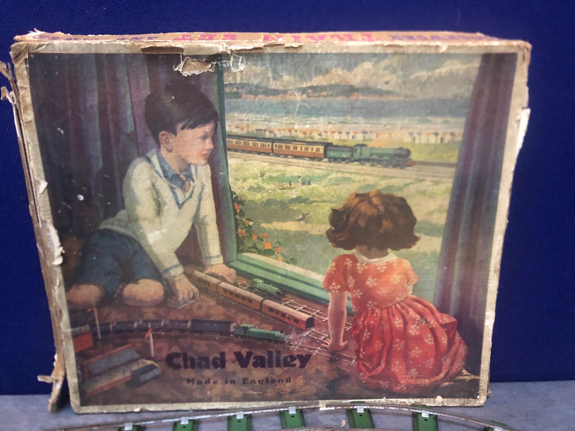 Chad Valley Vintage Clockwork Train Set And Lines In Original Box Circa 1930s - Image 2 of 3