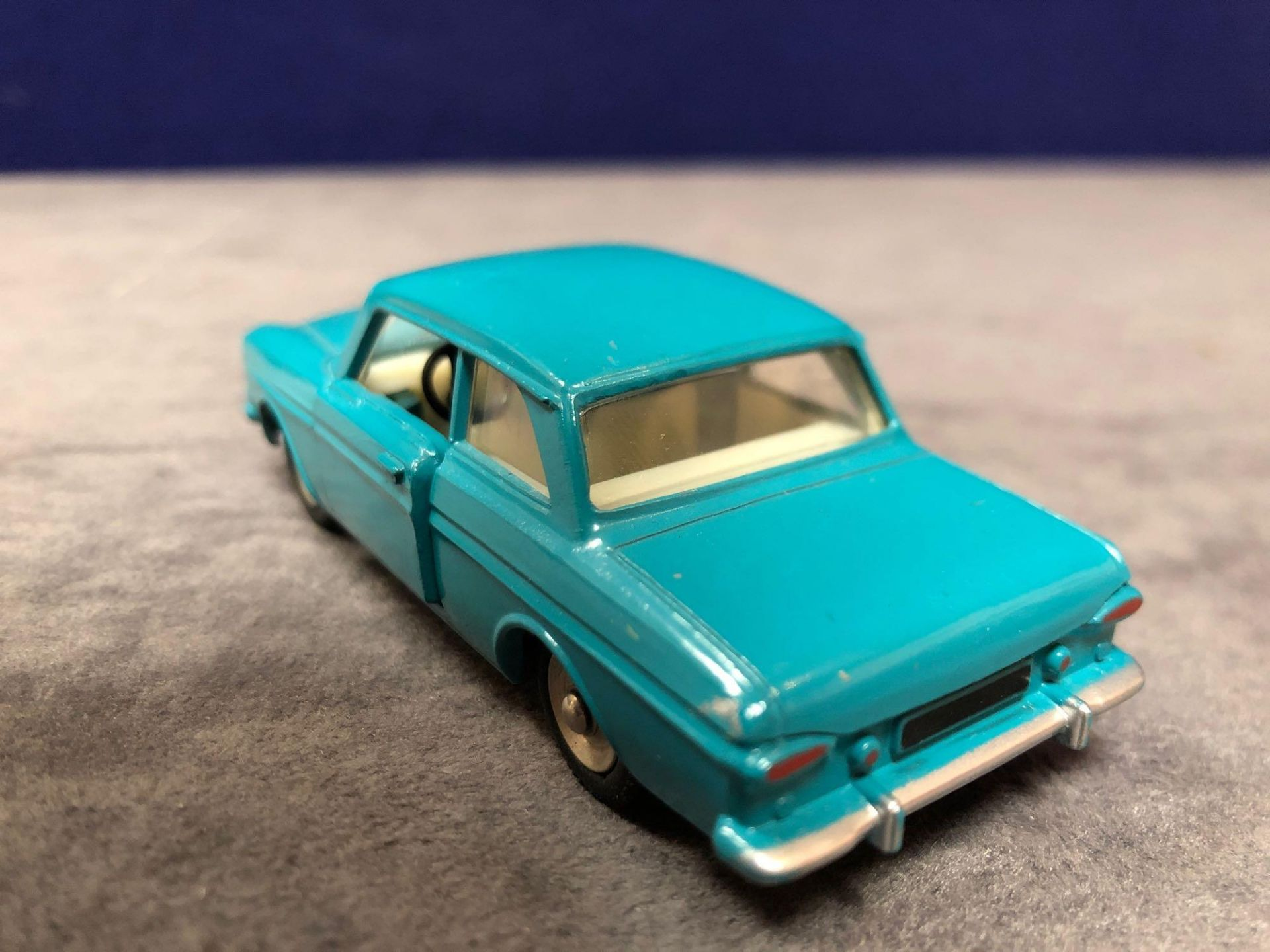 Dinky (France) Diecast #538 Ford Taunus 12 M Cream Interior And Concave Hubs. In Turquoise mint in a - Image 3 of 4