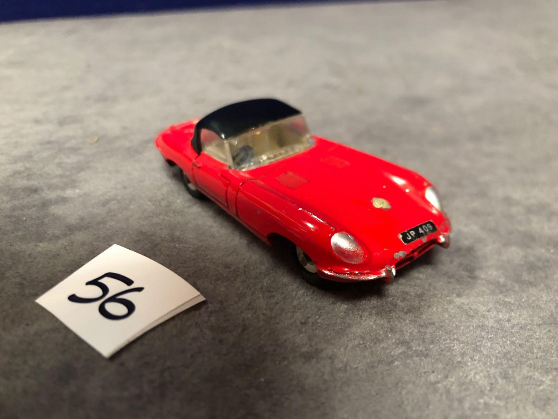 Dinky #120 Jaguar E-Type Red - Removable Roof 1962-1967 Unboxed excellent model with a lovely