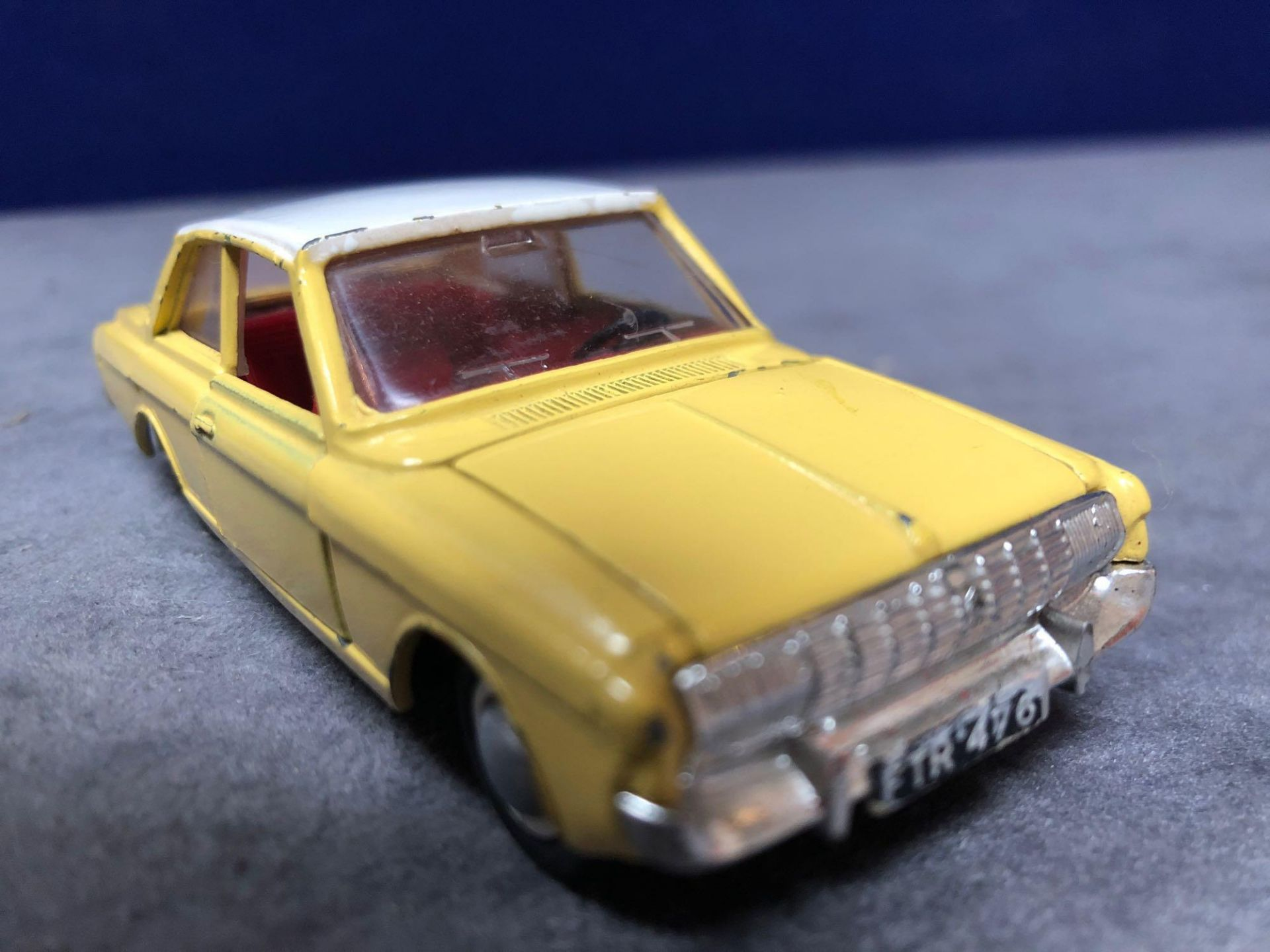 Dinky #154 Ford Taunus 17m Yellow/White - Red Interior 1966 - 1969 Unboxed very good condition - Image 2 of 4